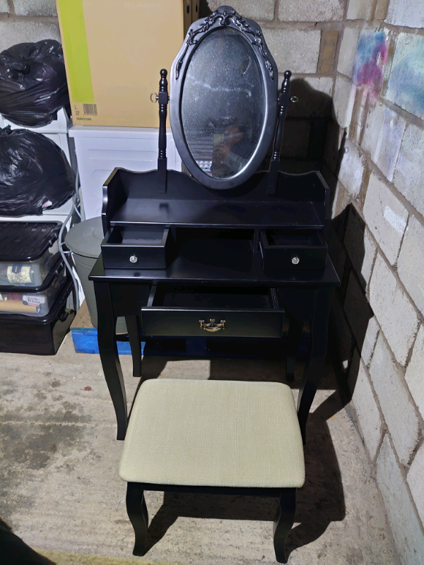 Arnold Dressing Table Set With Mirror, Mirrored Dressing Table Set Gumtree
