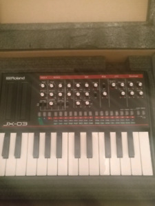 Roland Boutique JX-03 module with keyboard