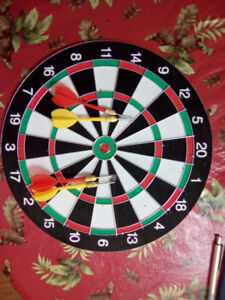 ONLY 10.00 FOR DOUBLE FACED DARTBOARD WITH 4 DARTS