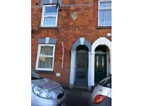 ONE BEDROOM GROUND FLOOR FLAT TO RENT FREEHOLD STREET HULL - NO FEES!