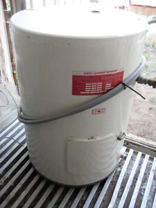 25 gal hot water heater