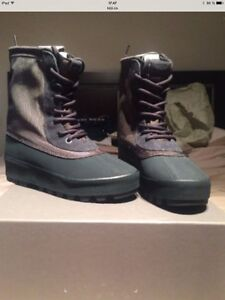Yeezy 950 authentic by kanye west