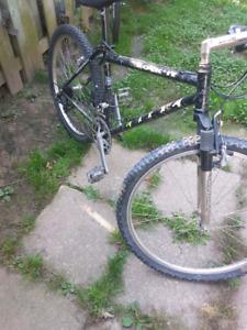 Maxaam rock-it 21spd mountain bike