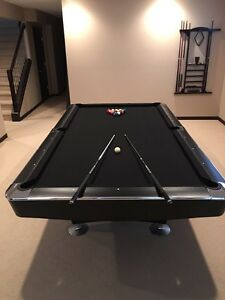 ****Pool/snooker table IMMACULATE CONDITION****