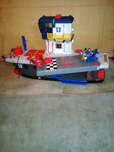 """""""Imaginext """" ship , planes and 2 people ! Windsor Region Ontario image 1"""