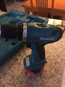 Makita perceuse / drill West Island Greater Montréal image 3