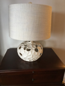 Beautiful New table lamp for bedroom or living room!