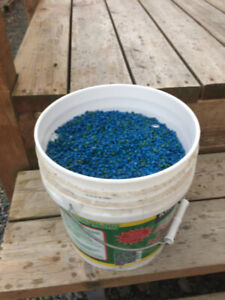 AQUARIUM ROCKS  32 LBS BLUE