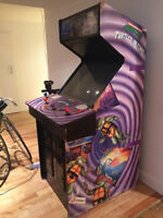 STREET FIGHTER II Pinball Machine  & Ninja Turtle arcade machine
