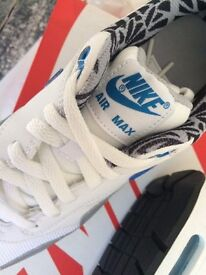 Brand new ,boxed Nike air max print uk size 6 trainer brand new