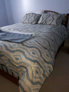 Comforter set - Queen size - 4 pieces