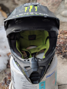 Casque motocross Fox V3 Ricky Carmichael replica