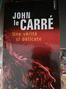Livre John Le carre - une verite si delicate - 5$