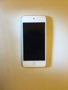 iPod touch 6th generation, gold, 32GB w warranty