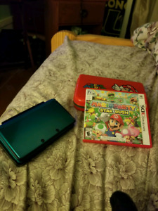 Teal 3DS with 2 games