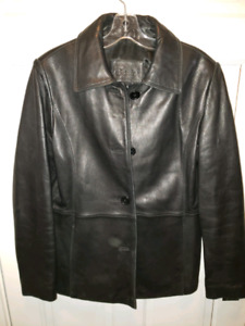 Woman's leather jacket size M