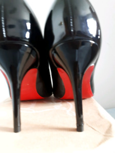 Chaussures Louboutin pointue 40, 41