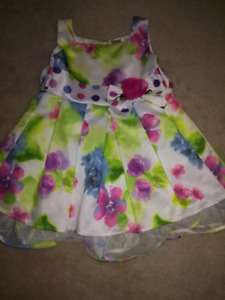MARC & MADDIE FLORAL DRESS SZ 12-18 MTH!!
