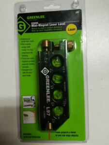 new Greenlee L97 magnet laser level with batteries