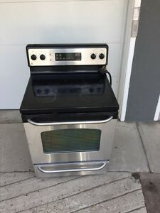 GE stove with cracked top
