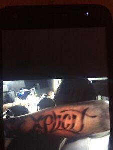 Tattouage -- Artiste tattoueur
