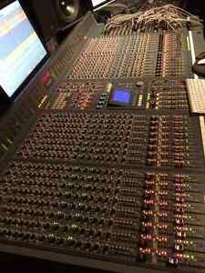 32-channel SOUNDCRAFT DC2020 mixing console W/ AUTOMATION & TV-8