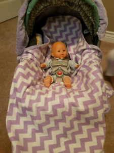 Baby carrier cover - Lavender and white