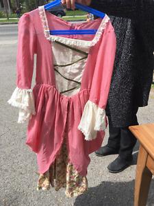 robe médiévale pour enfants