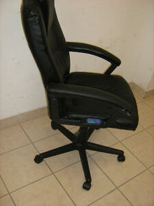 Comfortable Adjustable swivel Chair