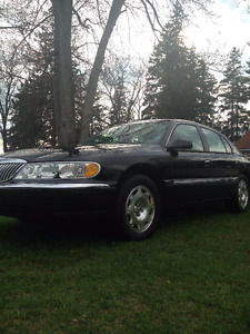 2002 Lincoln Continental Sedan (Great Taxi Car)