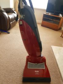 Miele cat&dog vacuum