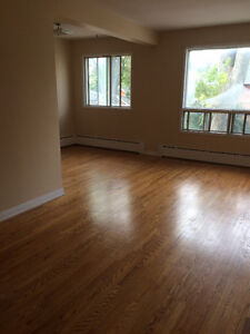 quiet downtown available May 1 or June 1