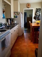 Small 2 Bdrm House Rental - Collingwood
