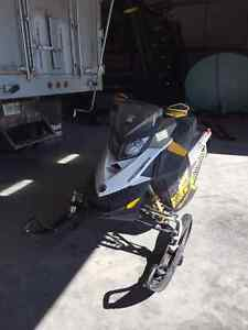 2011 MXZ TNT ETC 800 VERY WELL MAINTAINED