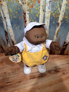 Vintage 1985 Cabbage Patch Kid Preemie 'Nicholas Edwin' MIB Cambridge Kitchener Area image 1