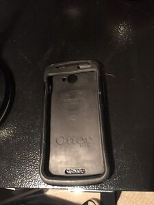 Perfect Condition Otterbox for HTC One S