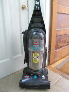 Bissell Cleanview Helix vacuum for sale!