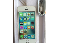 IPhone 5s 16gb Gold & White Vodaphone Sim Locked