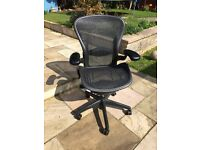 Herman Miller Aeron size B 10 available