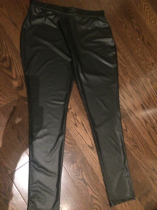 Kardashian Kollection faux leather leggings