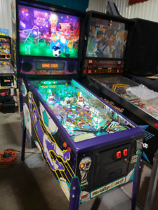 World Cup Soccer Pinball...Road Kings Pinball & 30 others..