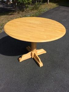 REDUCED! Oak wooden kitchen table