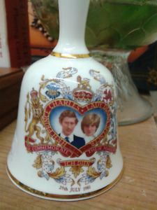 Charles and Diana commemorative bell
