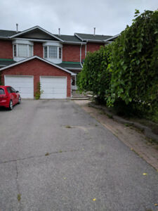 Townhouse for rent in Newmarket - 339 Crowder Blvd
