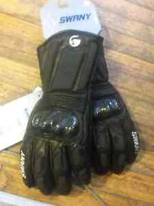 Large swany performance gloves
