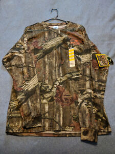 Hunting clothing. Mossy oak and real tree camo