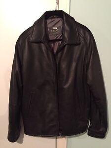 Manteau de cuir véritable de marque Izod
