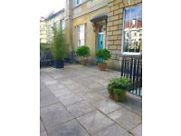 Beautiful Clifton village 2 bedroom flat to rent in an amazing location