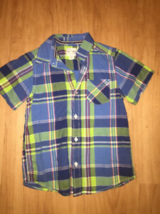 Boys size 5/6 shirts from the children's place