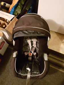 Graco classic connect 30 baby seat